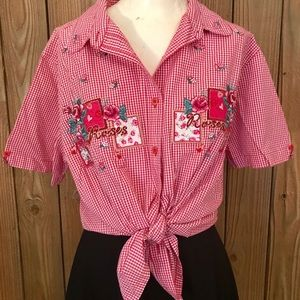 🥀Vintage Gingham Embroidered Rose & Hearts Top